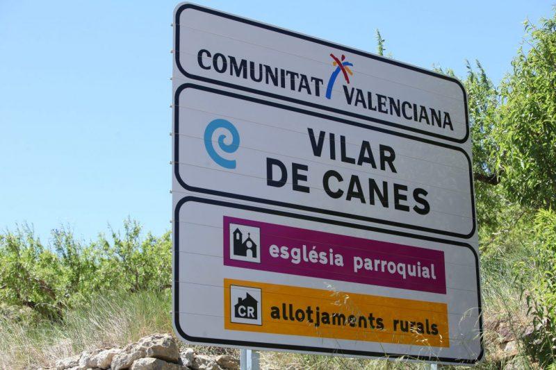 Casa rural con jacuzzi en vilar de canes castellon aldea for Casas rurales castellon con piscina
